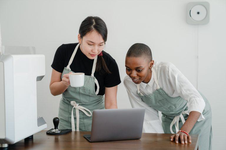 medewerkers inwerken